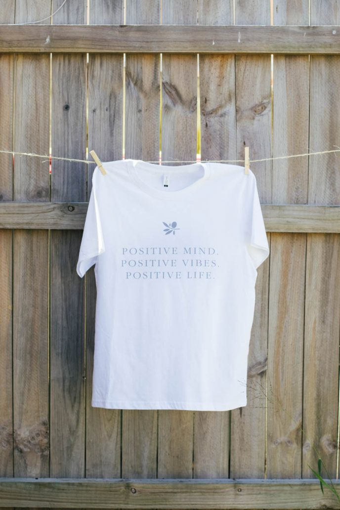 Mayella Living eco cotton Positive Vibes Tee